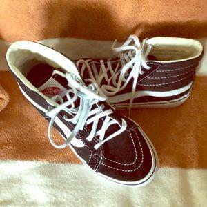 Vans Ward Hi Suede Skate Shoes